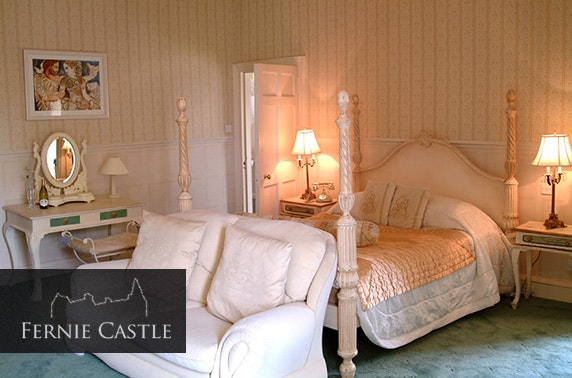 Fernie Castle romantic suite DBB