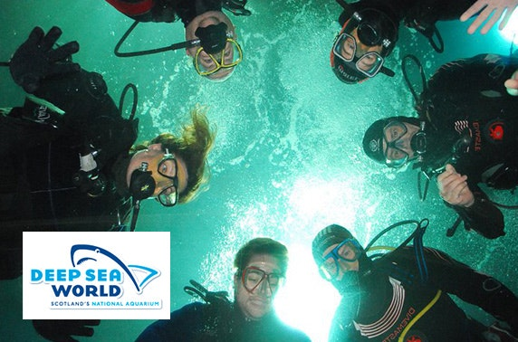 Deep Sea World : ... plus four spectators and a bronze photo package at Deep Sea World