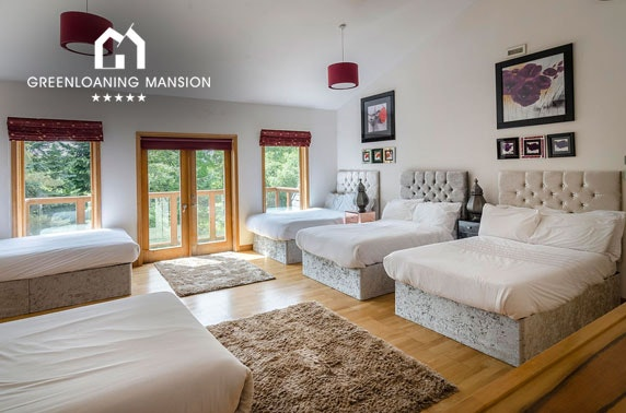 Private mansion 3 nt stay with hot tubs, Greenloaning Mansion