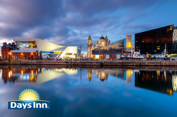 Liverpool City Centre stay & cocktails - £59