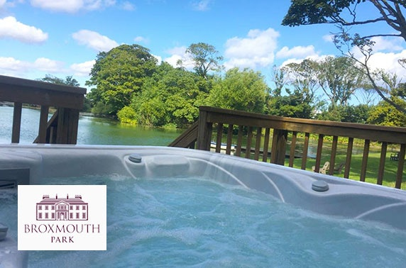 Broxmouth Park lodge stay with hot tub