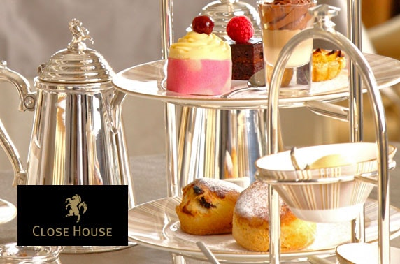 Prosecco afternoon tea at Close House