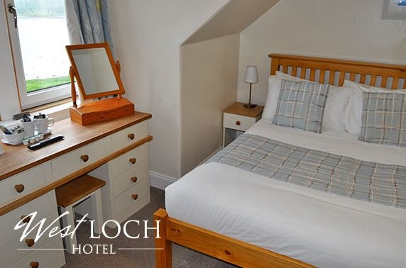 Tarbert stay with stunning Loch Fyne views - from £59