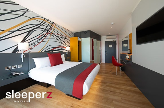 Award-winning Sleeperz Hotel, Dundee - £49