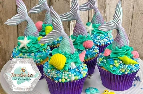 Bumblebee Bakehouse cupcake decorating masterclass