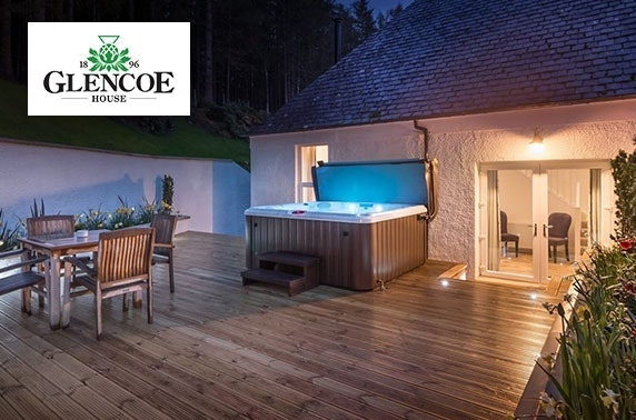 5* luxury Glencoe stay with private hot tub