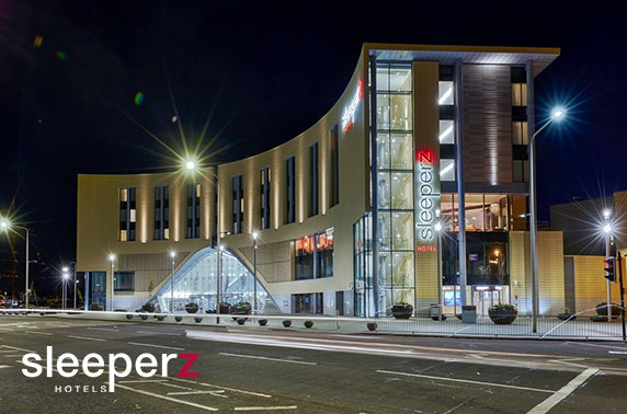 Award-winning Sleeperz Dundee stay - £58