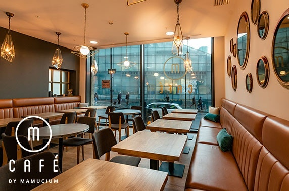 Breakfast sandwich & hot drink at M-Café, Hotel Indigo