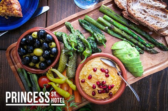 4* Princess St Hotel cocktails & sharing platters