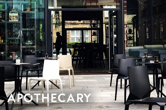 Pizza & drinks at Apothecary