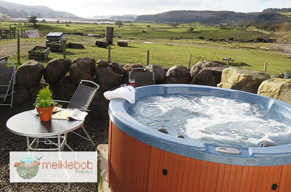 Hot tub cottages, Dumfries and Galloway - from £18pppn