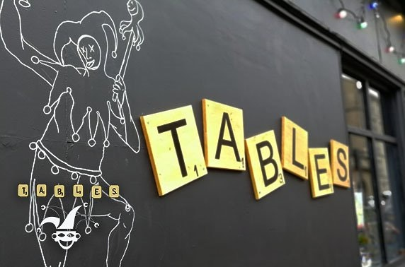 Tables at Bennets, sharing boards
