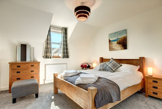 St Andrews group stay - from under £12.50pppn