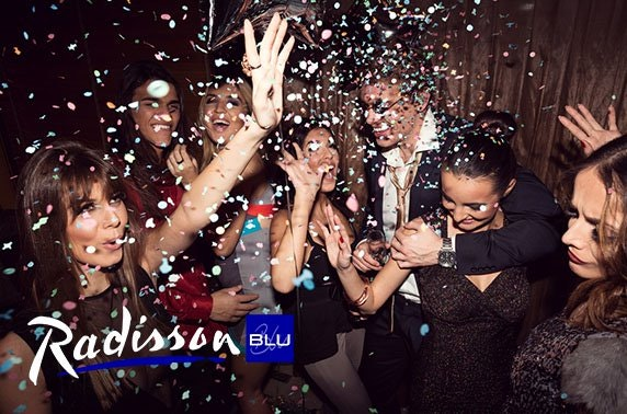 4* Radisson Blu Hotel, NYE street party