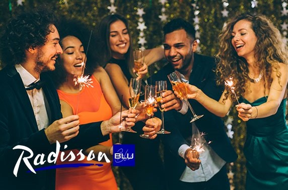 4* Radisson Blu Hotel, NYE street party
