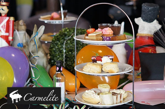 Carmelite afternoon tea with fizz