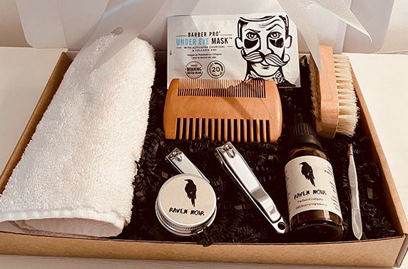 Luxury men's grooming kit