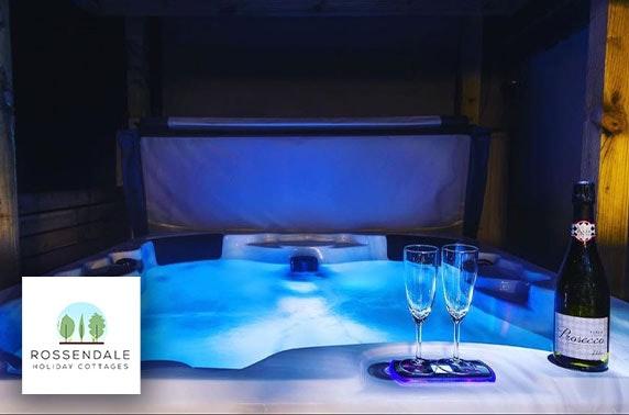Luxury hot tub self-catering breaks