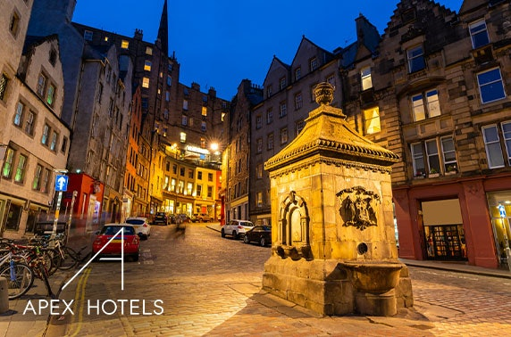 Edinburgh Old Town stay - from £65