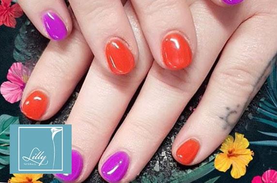 Gel nails, city centre