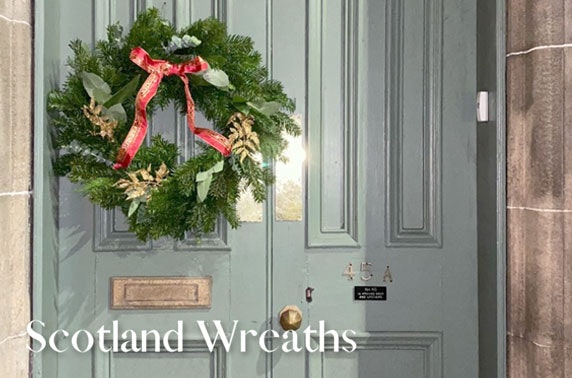 Virtual Christmas wreath making class; inc. all the materials and Scotland-wide P&P