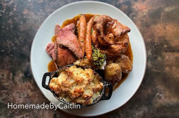 HomemadeByCaitlin roast dinner