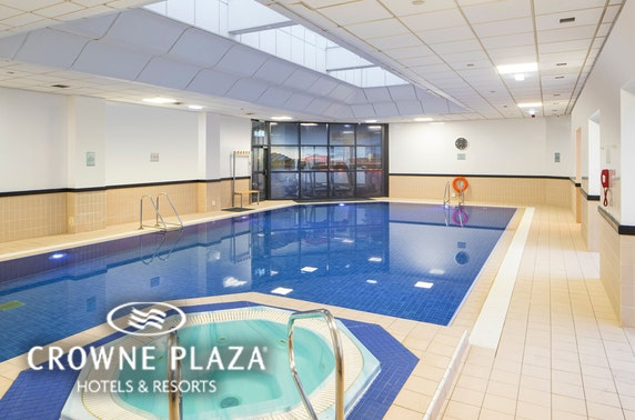 4* Crowne Plaza Glasgow stay