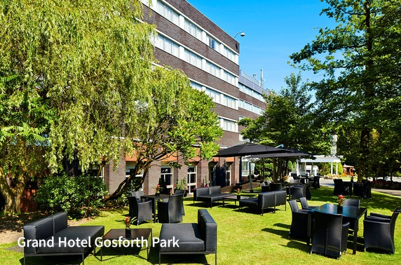 Newcastle Gosforth Park stay - from £59