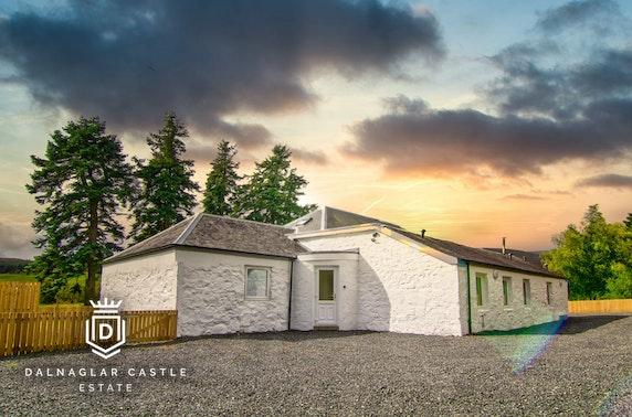 Cottage break & hot tub, nr Glenshee