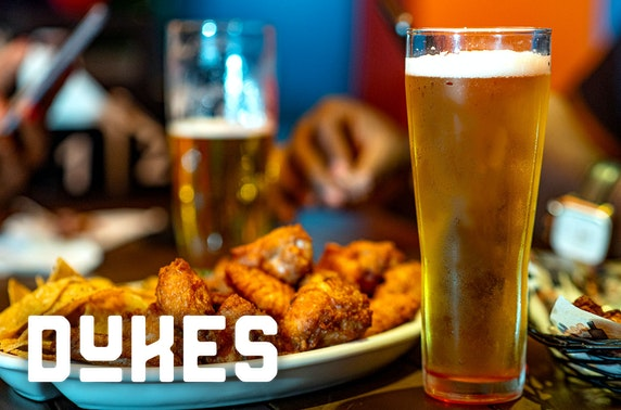 Wings & drinks at Dukes, Leith
