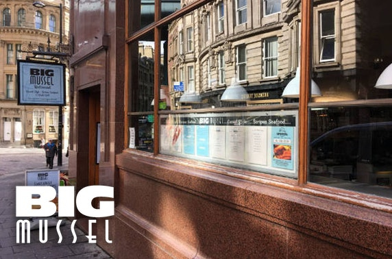 The Big Mussel dining, Quayside