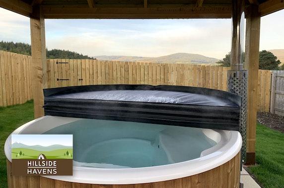 Luxury hot tub glamping, Speyside