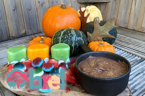 Trick or Treat pumpkin carving, Brel